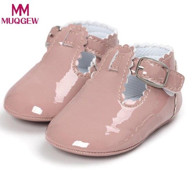 7216b705aa105 Mocassins bébé garçon fille mocassins chaussures premiers marcheurs Bebe  frange semelle souple antidérapant chaussures berceau chaussures