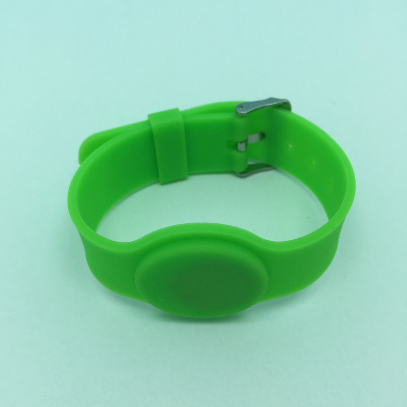 DHL free shipping 40PCS Watch style NTAG203 Universal RFID Silicone NFC Bracelet compatible with all nfc phone 2013 r3 with keygen vd tcs cdp pro plus bluetooth auto diagnostic tools full all 8 car cables dhl free shipping
