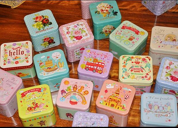 Cartoon 3D Candy Iron Box Šperky Mince Malé skladovací krabice Sklenice Metal Square Čajová krabice Vánoční plechovky B