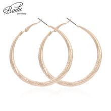 Badu Punk Metal Hoop Earring Golden Round Circle Large Size Earrings for Women Twist Pattern Party Jewelry Wholesale