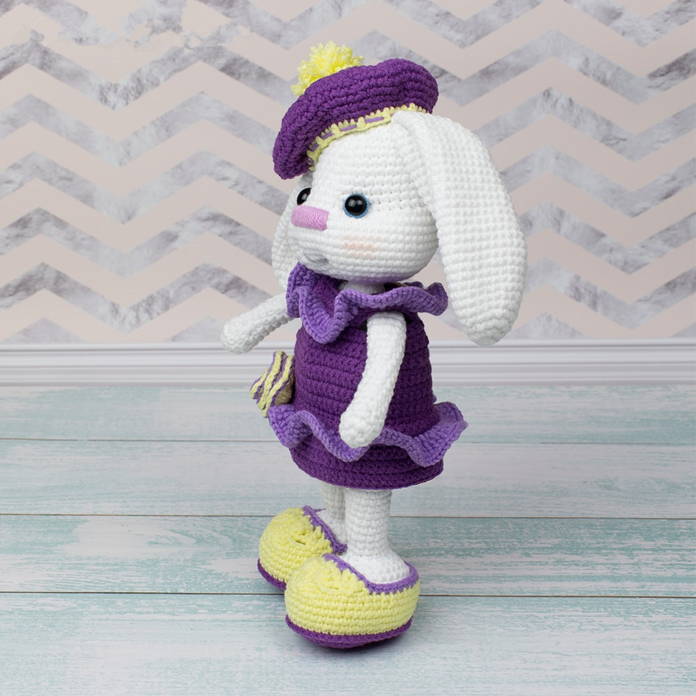 Pretty-Bunny-with-floppy-ears-Crochet-Pattern