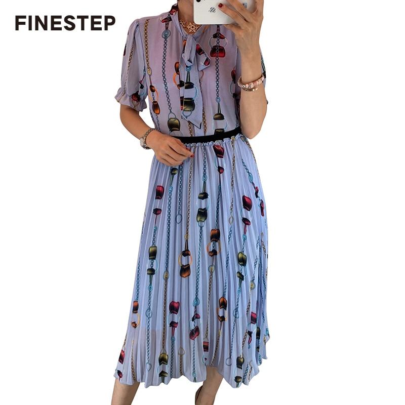 Conjuntos de dos piezas Vintage para mujer conjuntos de dos piezas 2019 elegante con falda y blusa Retro impresa-in Conjuntos de mujer from Ropa de mujer    1
