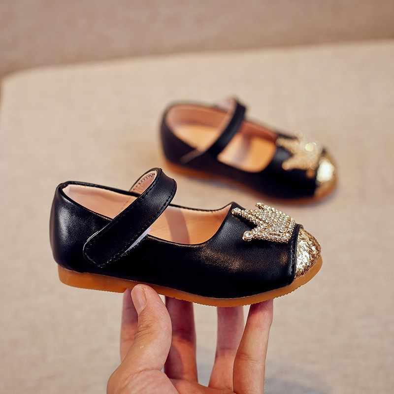 ฤดูใบไม้ผลิฤดูร้อนเด็กสบายๆรองเท้าเจ้าหญิงมงกุฎหนังรองเท้าเต้นรำสีชมพูสีทองสีดำรองเท้าเด็ก