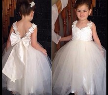 Cute Flower Girl Dresses 2017 New Wedding Party Formal Dress Lace Ball Gown Party Gowns Vestido De Festa with Bow