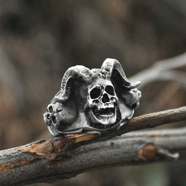STAINLESS STEEL AZAZEL SKULL RINGS
