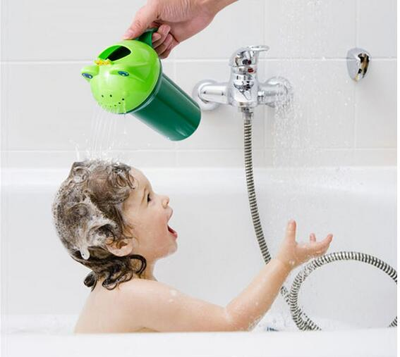 Cartoon Frog Shape Baby Shampoo Cup Children Bathing Shower Spoon Child Wash Creative Water