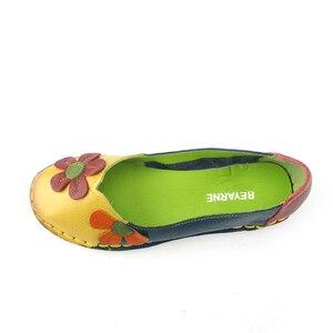Image 4 - BEYARNE Summer Autumn Fashion Flower Design Round Toe Mix Color Flat Shoes Vintage Genuine Leather Women Flats Girl Loafer