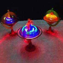 1 шт. Интересные детские игрушки Красочный флэш светодиодный светильник спиннинг Топ лазерный музыкальный гироскоп детский деревянный светящийся музыкальный гироскоп