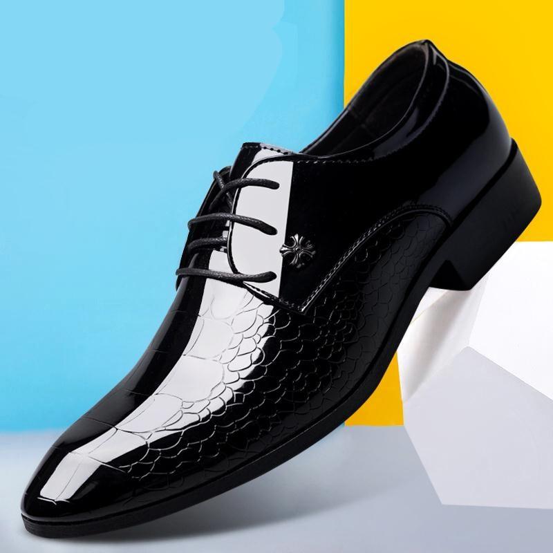 10eed323ce7 Zapatos-italianos-oxford-para-hombres-de-marca-de-lujo-zapatos -negros-de-charol-para-Hombre-Zapatos.jpg