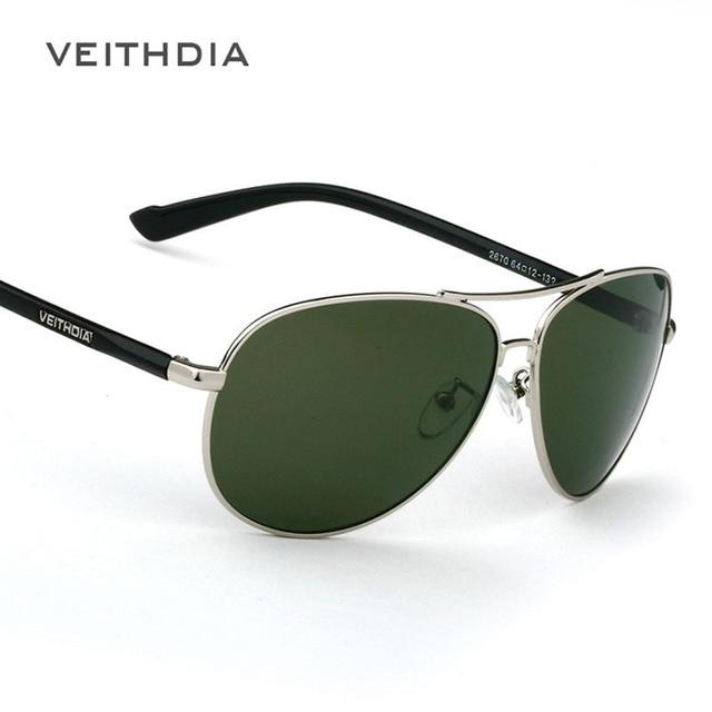 2015 Nuevos hombres de la Marca gafas de Sol Polarizadas Gafas de Sol Lente Verde Del Marco Del Metal de Conducción gafas de sol masculino 2670