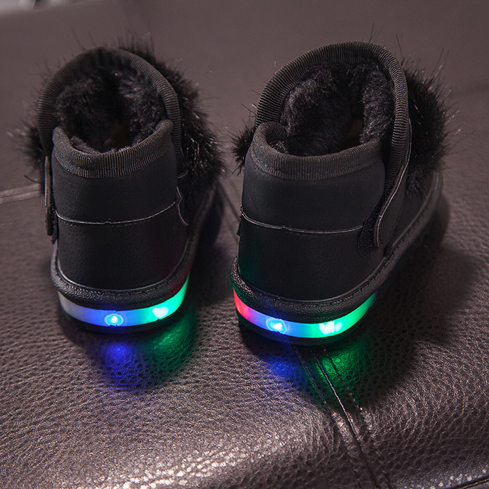 2017 fashion baby girl shoes Children Toddler Cartoon Fur Warm for skiing in winter Girls Luminous Shoes Sneakers Boots