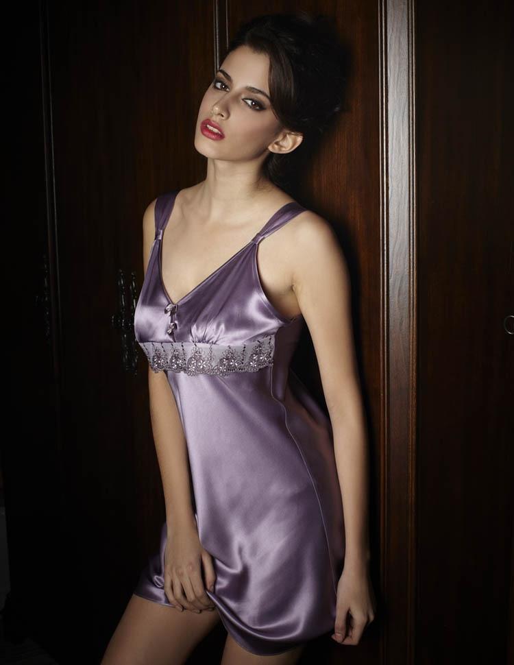 Fast Shipping Chinese Pure Silk Satin Women Nightgown Ms Sleepwear Women Sleep Dress -7361