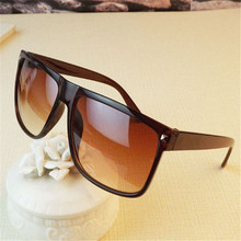 Women Sunglasses Men Luxury Brand Designer 2016 Retro Rivet Sun Glasses Female&Male Glasses Oculos De Sol Feminino UV400 Lunette