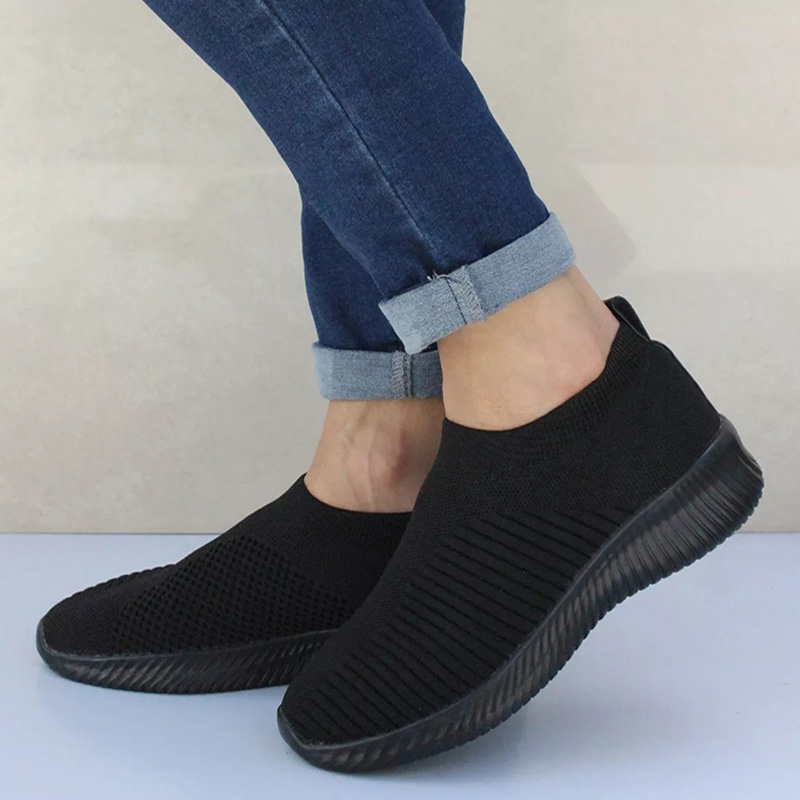 Women Sneakers Casual Knitting Sock Shoes Stretch Flat Platform Slip On Mesh Loafers Female Leisure Walking Footwear Plus Size(China)
