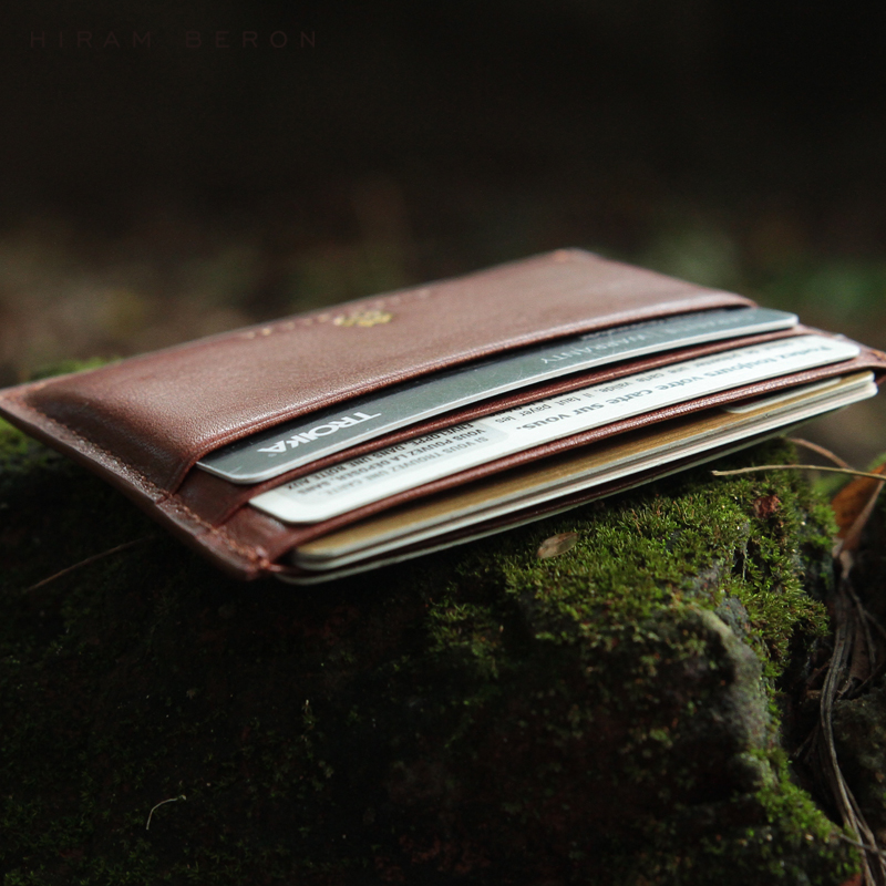 Hiram Beron Leather Card Holder Men Mini Wallet Vegetable Tanned Leather Free Custom Name Solid Casual Cow Leather ID Holder Men