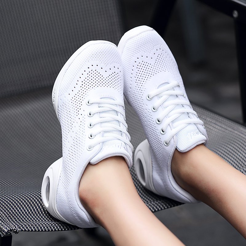 Dance Shoes Woman Sports Fabric Soft Bottom Mesh Breathable Modern Fitness Square Dance Shoes for women