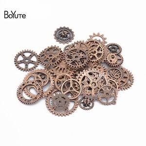 Image 4 - BoYuTe (500 gramme/lot) mélange Styles métal Steampunk engrenages bricolage vapeur Punk alliage bijoux accessoires