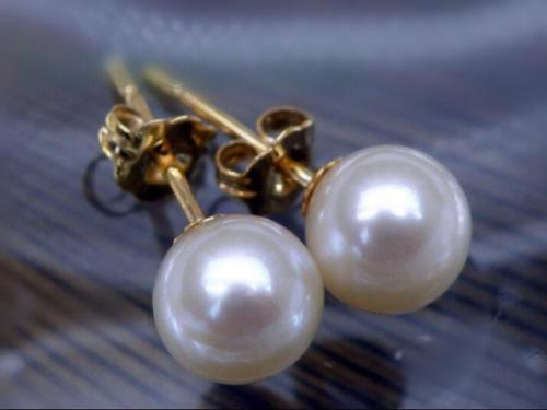 Beautiful 7 8mm Real South sea white Natural pearl earring 14k Yellow Gold