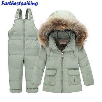 子供冬スーツ男の子女の子アヒルダウンジャケット+よだれかけパンツ2ピース服セット熱子供暖かい厚いコート雪着用パーカー