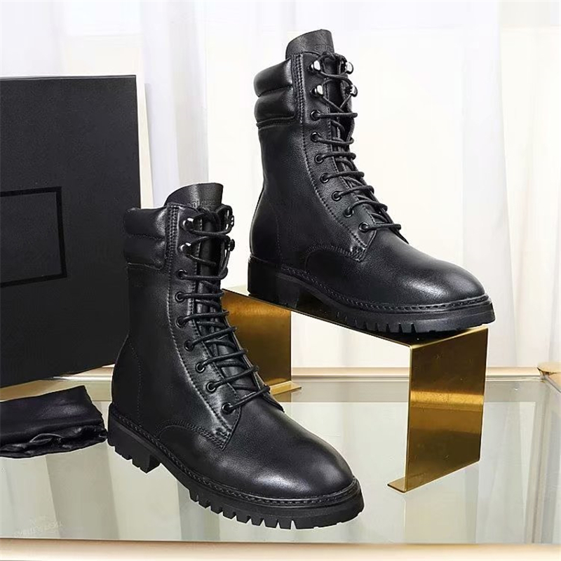 Genuine Leather Black Women Ankle Boots Fashion Lace Up Round Toe Flats Martin Boots Runway Motorcycle boots zapatos de mujer 40 цена