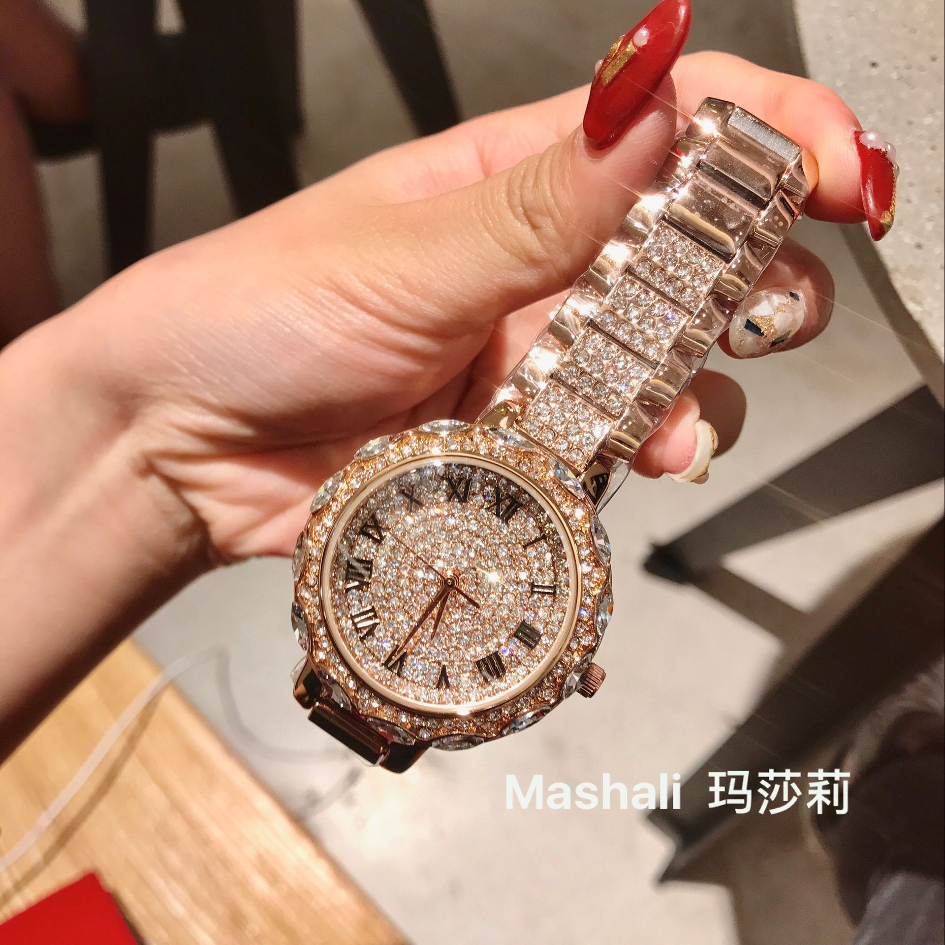 Nouvelle mode genève montre femmes robe montres en or Rose en acier inoxydable analogique Quartz femmes dames strass montres