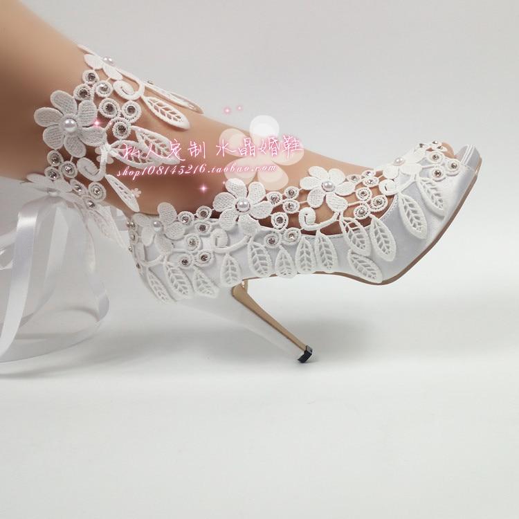 White lace flower mouth bride wedding shoes pearl diamond bracelet satin sexy waterproof platform women's singles big size 10 цены