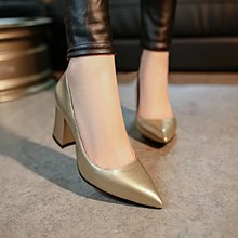 2017 Spring New Party Simple Pointed shoes thick High heels Women's Shoe Pumps Shoes Asakuchi High-heeled Shoes