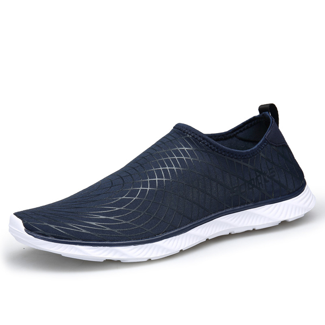 6b044d2c6967e Super hot 2018 Light Running Shoes Mesh Summer Men Sneakers Slip On Outdoor  Quick Drying Aqua Shoes Comfortable Water Shoes