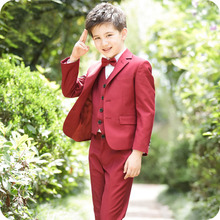 цена Custom Made Burgundy Wedding Suit for Boy Suits for Weddings Costume Enfant Garcon Mariage Boys Blazer Jogging Garcon Kids Suits онлайн в 2017 году