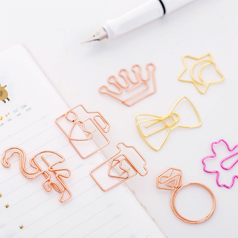 1pc Cute Cartoon Bookmark Paper Clip Rose Gold Clip Pin Simple Metal Shape Creative Student Bookmark Folder