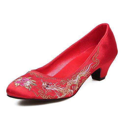Красный нагнетает ботинки девушку med каблук круглые пальцы женский вышивать дизайн красный партия нагнетает ботинки TG1487 классический китайский стиль свадьбы обуви