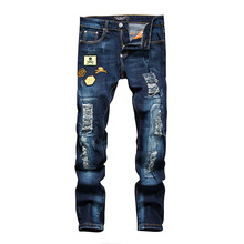 locomotive Jeans Personality Badge Patchwork Jeans Men Ripped Jeans Fashion Scratched Biker Jeans Hole Denim mens Casual Pants