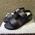 The Men's Europe Summer Sandals Male Black Leather Sandals Buckle Simple Breathable Toe  Men Shoes