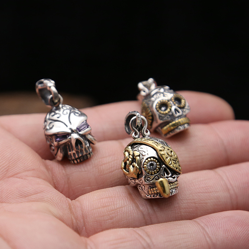 Wholesale S925 Sterling Silver Jewelry Retro Thai Silver Punk Male And Female Domineering Pipe Skull Inlaid Copper Pendant