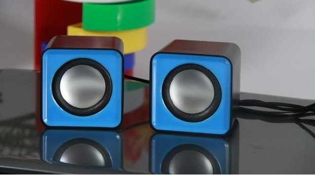 Portable stereo sound mini speaker for MP3, MP4, MP5, Cellphone use only wholesale price free shipping