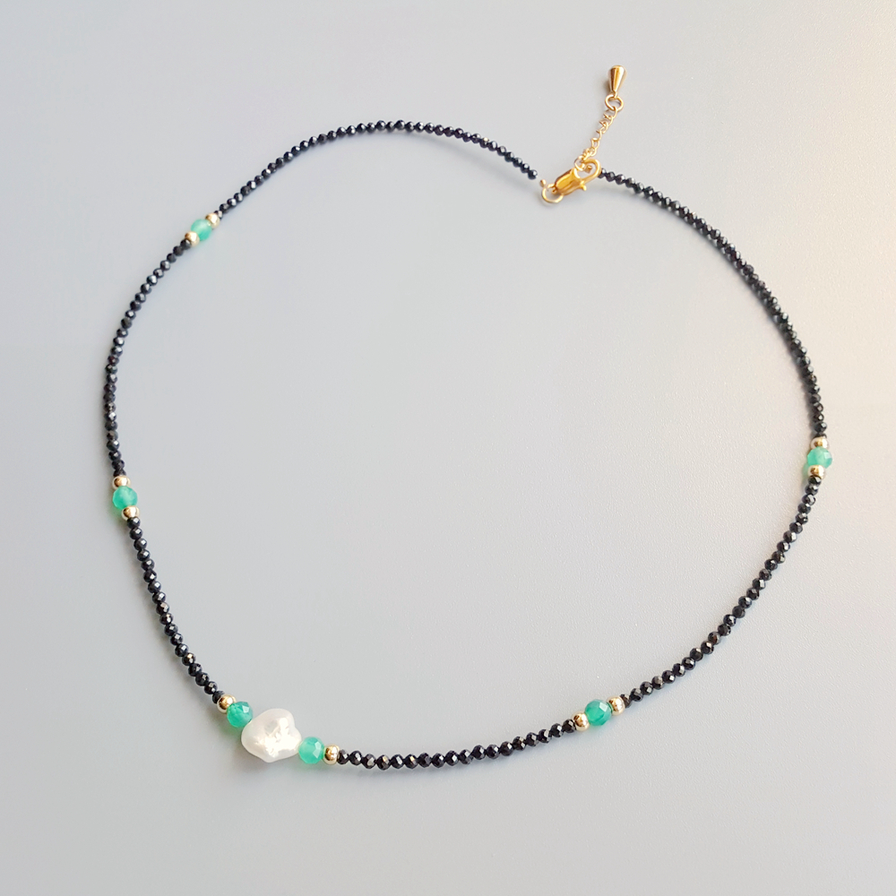 Image 3 - Black Spinels Baroque Pearl Onyx Beads Gold Filled Necklace Popular Bohemian Hawaii Clavicle Jewelry for Women Nice Gift 39 44cmChoker Necklaces   -