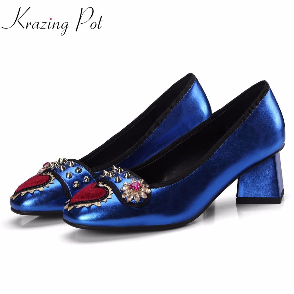 fashion brand shoes round toe square high heels slip on flowers love patterns rivets decorations women party luxury pumps L11 2017 fashion brand shoe slip on high heels casual square toe solid women pumps luxury party runway sweet spring lady shoes l06