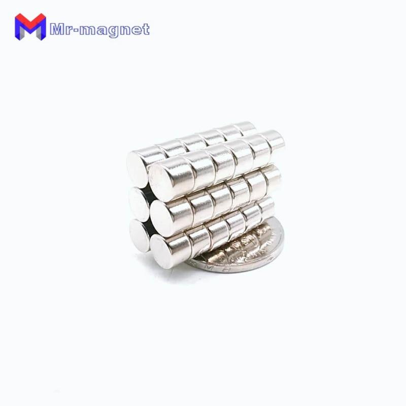 Купить с кэшбэком 200Pcs 7 x 5 mm magnet Bulk Small Round NdFeB Neodymium Disc Magnets Dia 7x5 mm N35 Super Powerful Strong Rare Earth Magnet D7*5