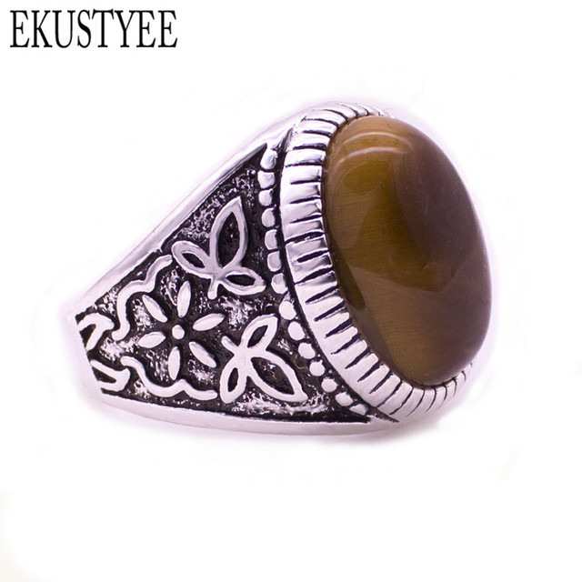 Retro classic tiger eye ring there is a symbol of the age of a man gentleman natural stone is the focus Beautiful Christmas gift