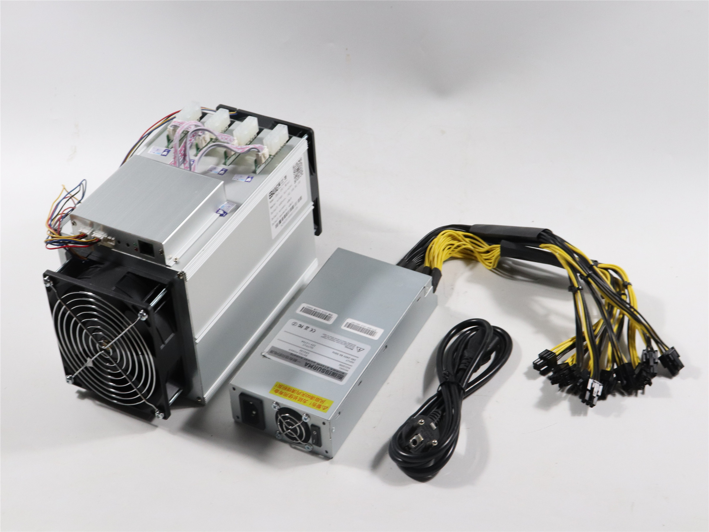 Used Ebit E9i 13.5T With PSU Asic Bitcoin BTC BCH Miner Economic Than Antminer S9 S9j T9+ S11 S15 Z9 Z11 WhatsMiner M3 M3X