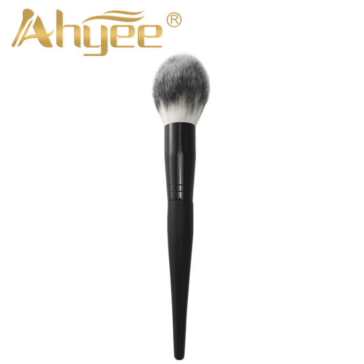2018 Long Handle Super Soft Big Flawless Special Design Wood Handle Synthetic Hair Fluffy Hair Pointed Tip Tail Powder Brush ...