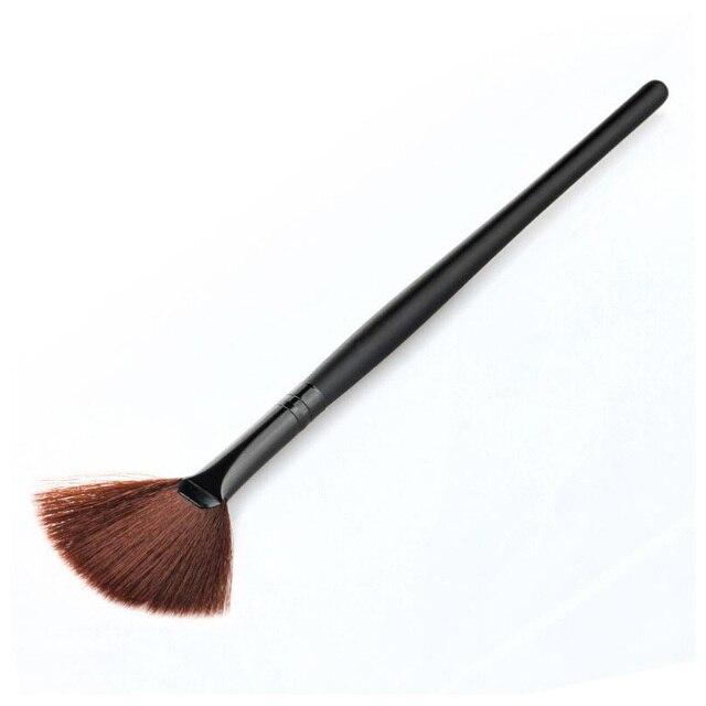 סומק אבקה קוסמטית קרן סומק מברשת איפור צורת מאוורר Slim אבק ניקוי פנים יופי כלי מברשת צבע שחור