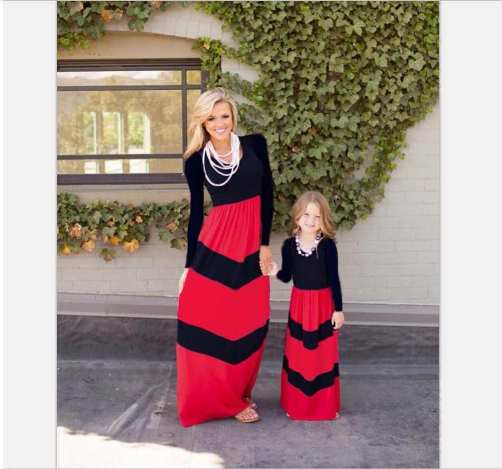 ครอบครัวชุดเดรสลูกสาว mommy และ me เสื้อผ้าครอบครัวดูตรงกับชุดแม่และลูกสาวชุดเสื้อผ้า