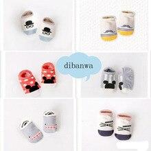 Новинка года; горячая распродажа; милые хлопковые носки для маленьких мальчиков и девочек; модные мягкие носки-тапочки с рисунком для малышей