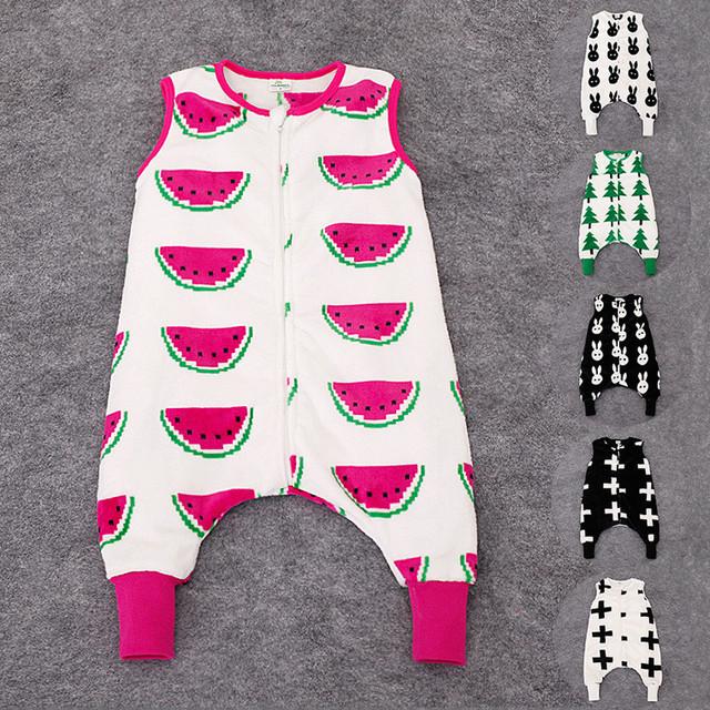 2016 Nuevo Bebé Infantil BB Boy Chica Sin Mangas caliente de la franela Ropa Body Mameluco 0-12 M blanco/negro cruz melón/agua/conejo/bosque