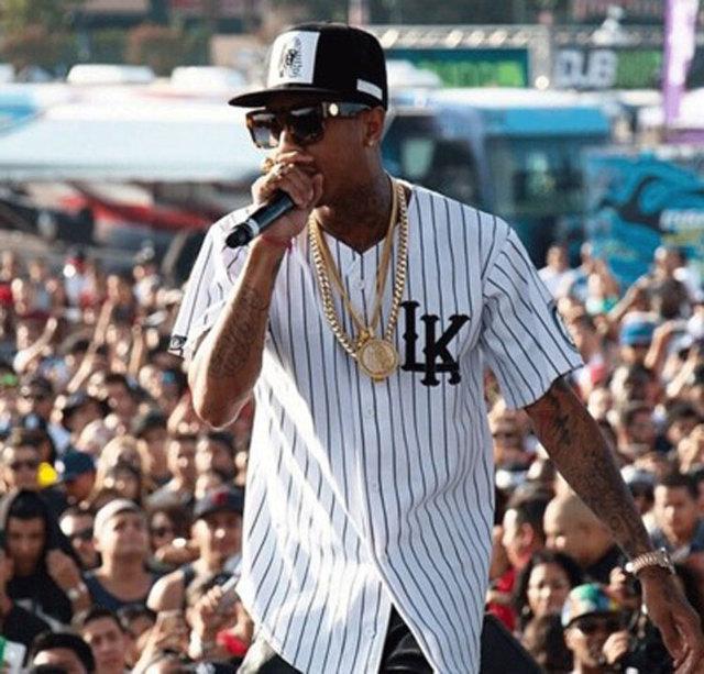 Estilo verão mens t shirts moda 2016 streetwear hip hop clothing baseball jersey homens camisa listrada roupas tyga últimos reis