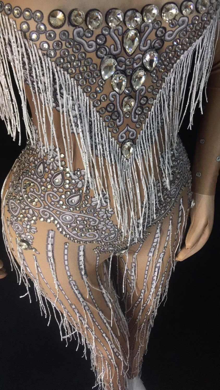 Модный комбинезон с красными кристаллами и кисточками для женщин, сценический танцевальный стрейчевый комбинезон, цельный костюм с бахромой, большой стрейчевый наряд