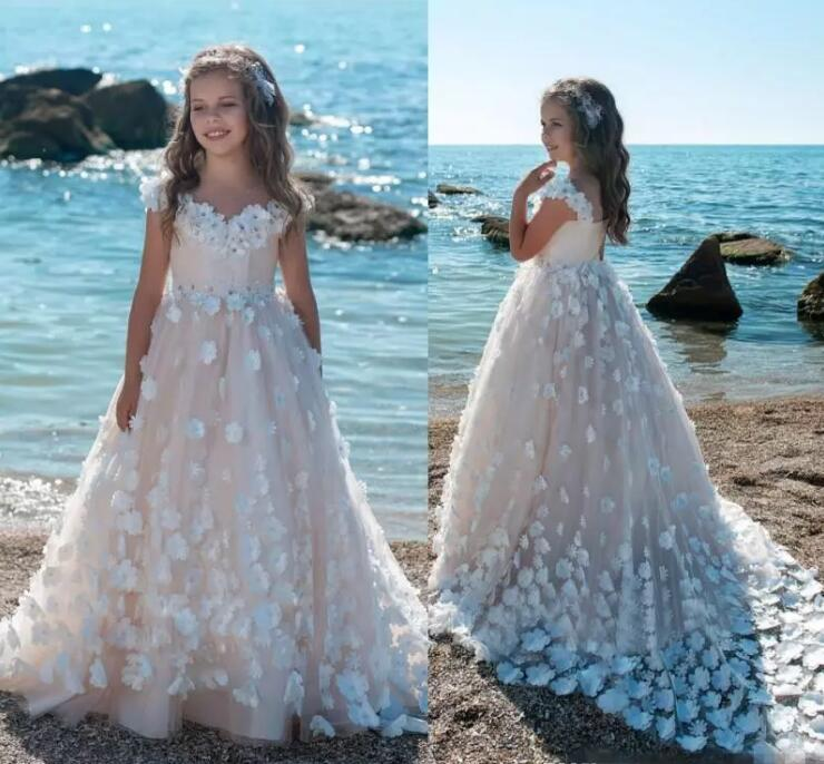 2018 New Flower Girls Dresses For Weddings 3D Floral Applique Blush Pink Ball Gown Kids First Communion Dress floral applique fringe hem asymmetrical hijab dress