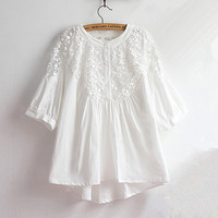 Retro Embroidered Cotton Linen White Shirt Lace Hollow Out Loose Literary Thin 2017 New Summer Women