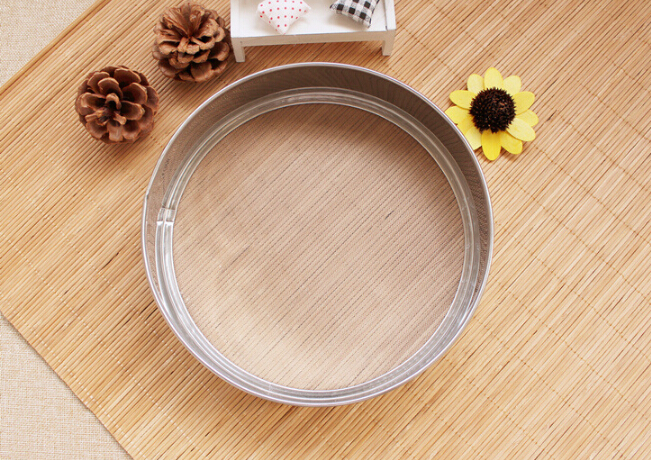 1PC 304 Stainless Steel Flour Sieve Kitchen Sifter Shaker Flour Strainer Baking Pastry Tools 21cm High 5cm 40 Mesh JC 0568
